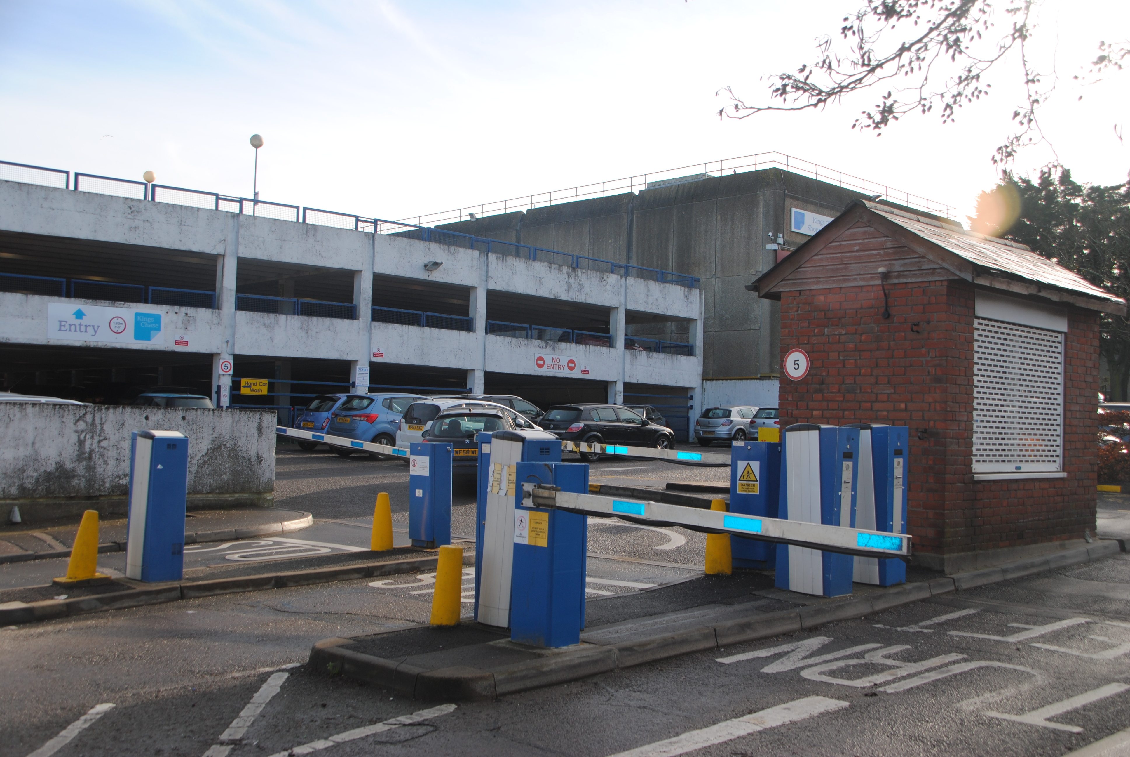 Free Car Parking Southport